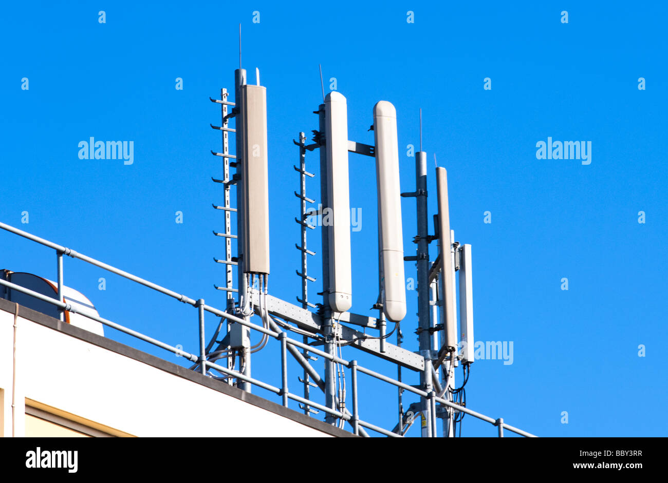 Mobile phone mast, BT Exchange, Leamington Spa, Warwickshire, UK. - Stock Image