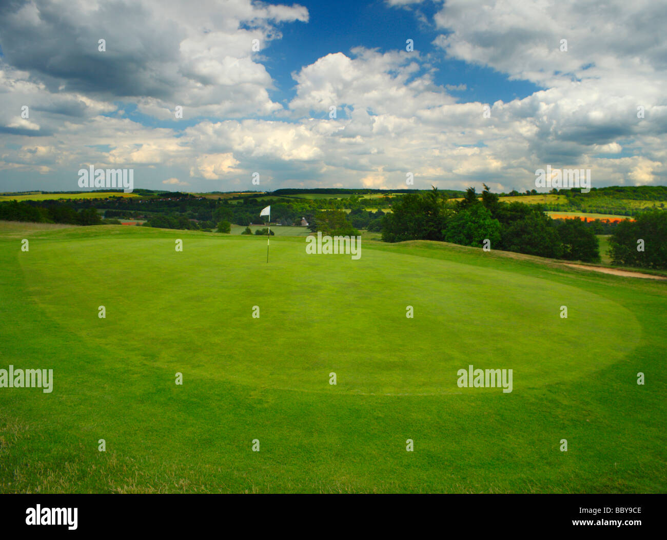 Golf green. Lullingstone golf course, Darenth Valley, Kent, England, UK. - Stock Image