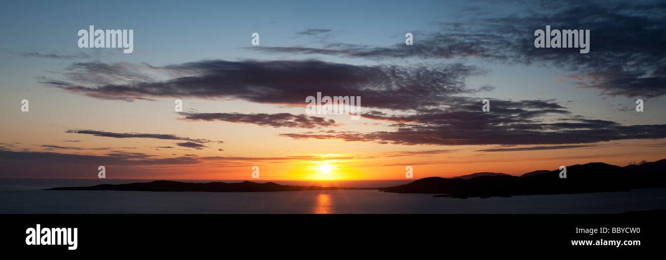 Sunset over Taransay Island, Isle of Harris, Outer Hebrides, Scotland - Stock Image