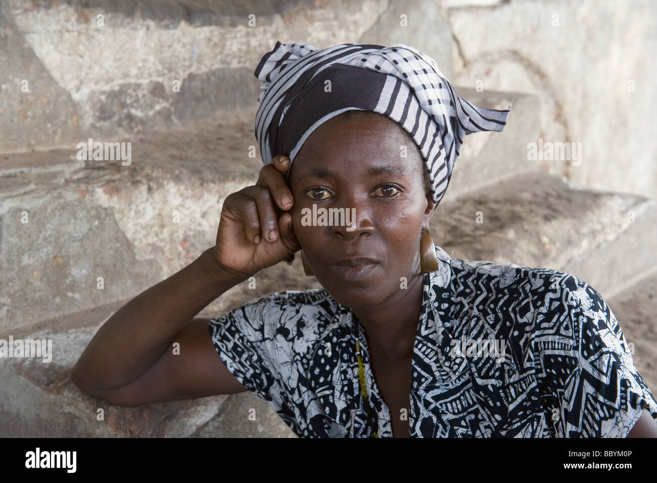 Portrait of a woman with headscarf Quelimane Mozambique - Stock Image