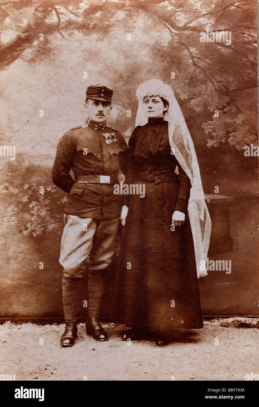 Soldier with his wife, historical photograph, circa 1900 - Stock Image