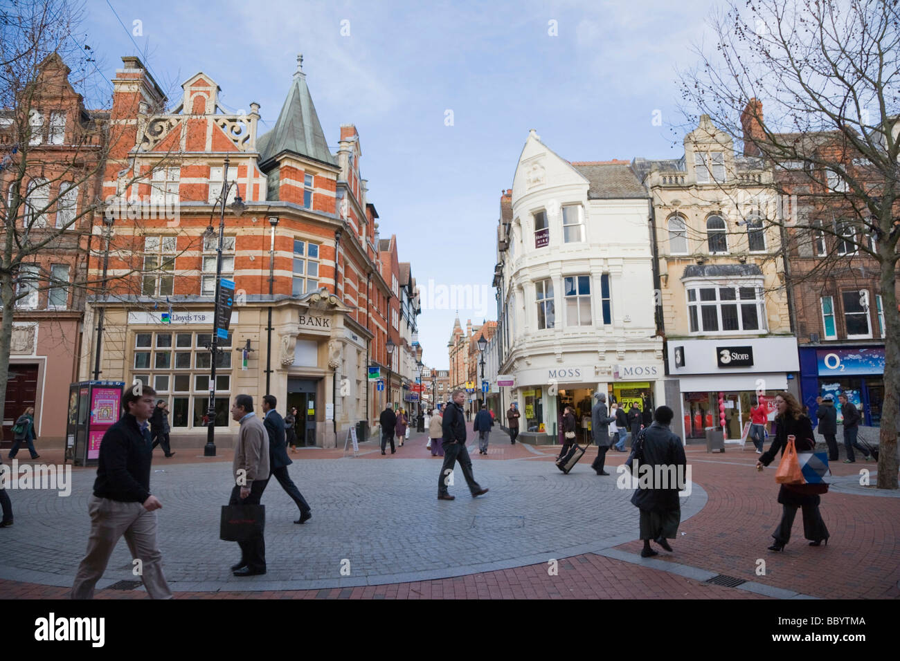 Cross Street from Broad Street, Reading, Berkshire, United Kingdom, Europe - Stock Image