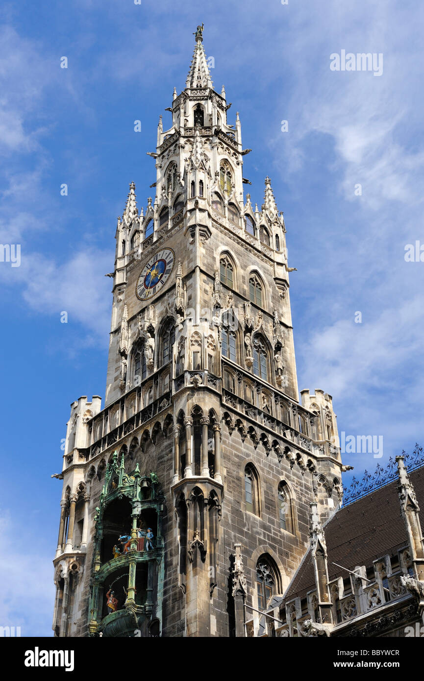 The 85 meter high tower of the new city hall on the Marienplatz square in Munich, Bavaria, Europe - Stock Image