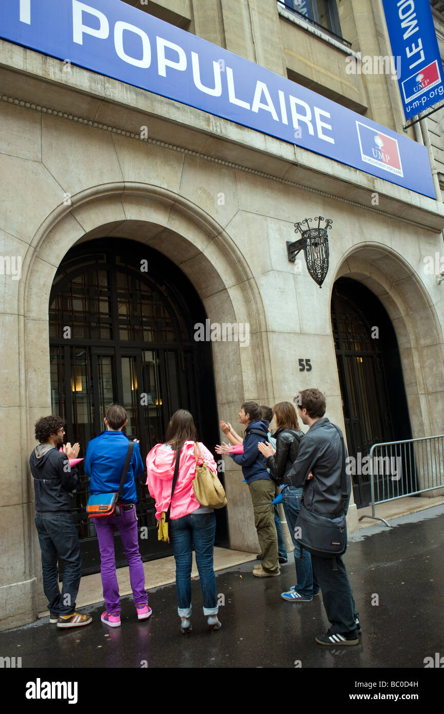 Paris France, 'Gay Activists' of the 'Pink Panthers'Protesting for 'Equal Rights'  Outside - Stock Image