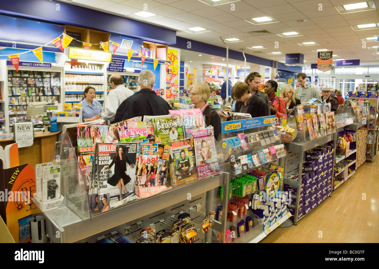 WH Smith retailers checkout queue, UK - Stock Image