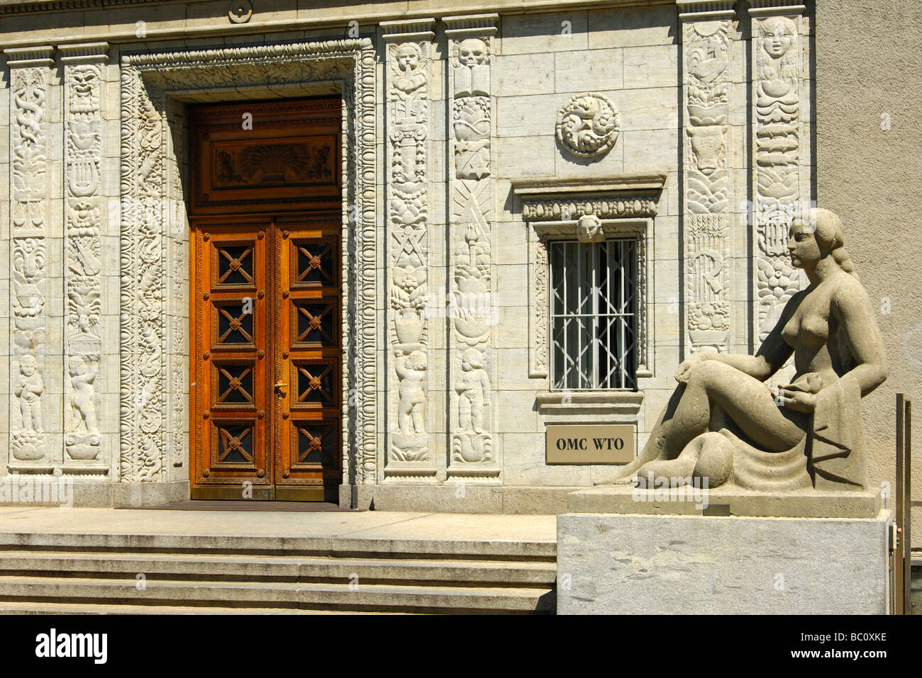Statue of a woman at the entrance to the Centre William Rappard, headquarters of the World Trade Organization Geneva Stock Photo