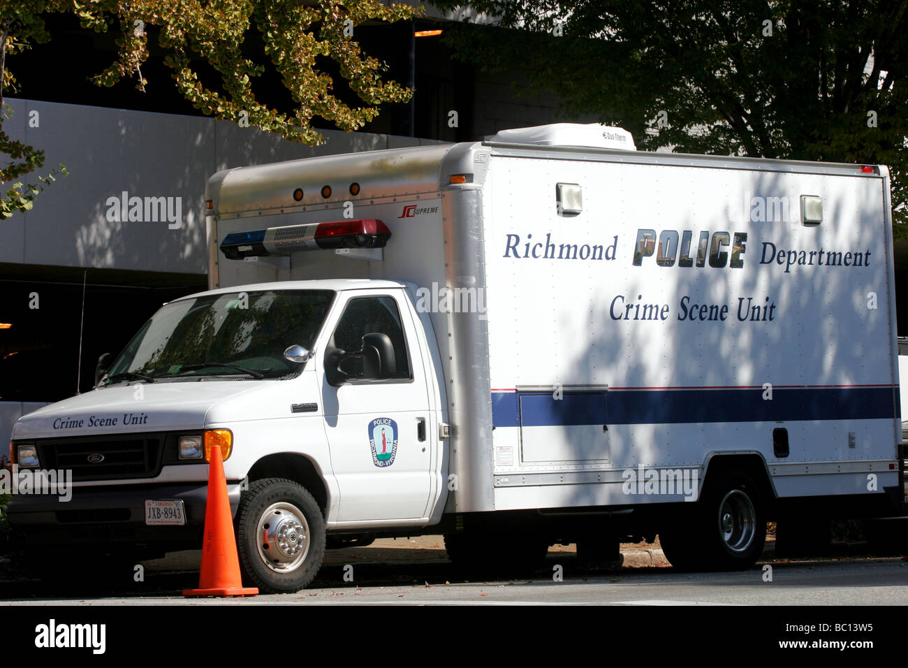 Richmond police forensics truck - Stock Image