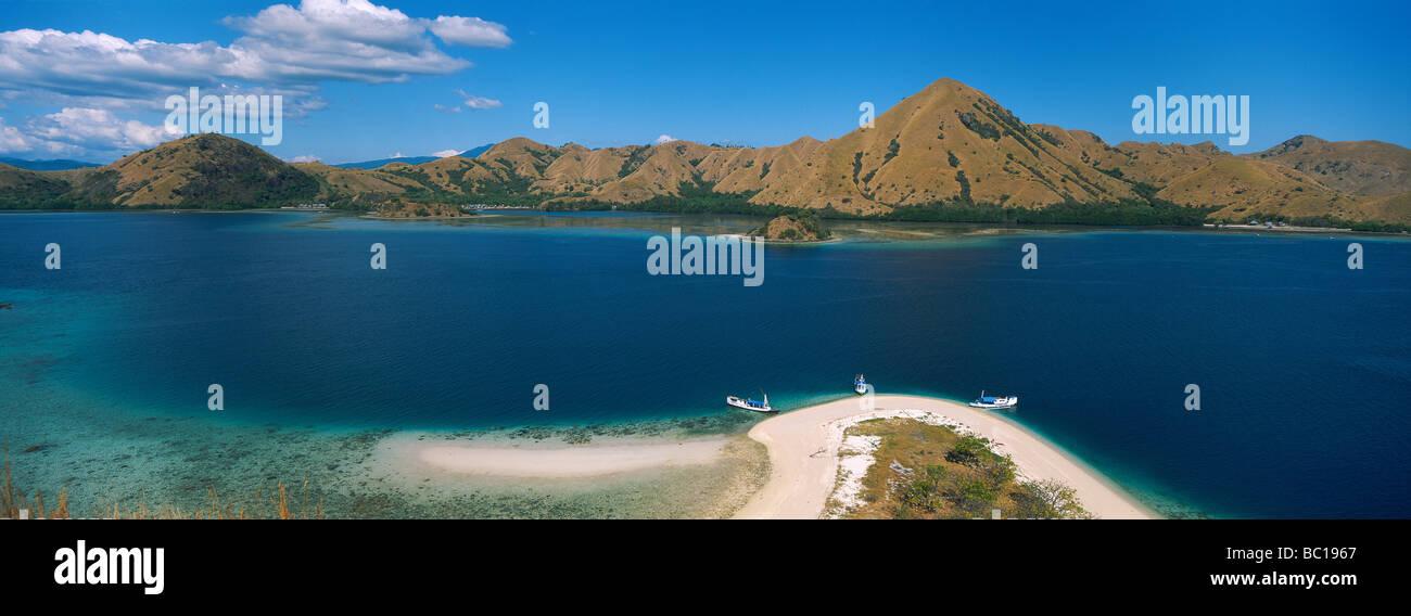 Indonesia, Sunda Islands, Flores Island, Riug area, Archipelago of Tujuhbelas, Pulau Rutong island - Stock Image