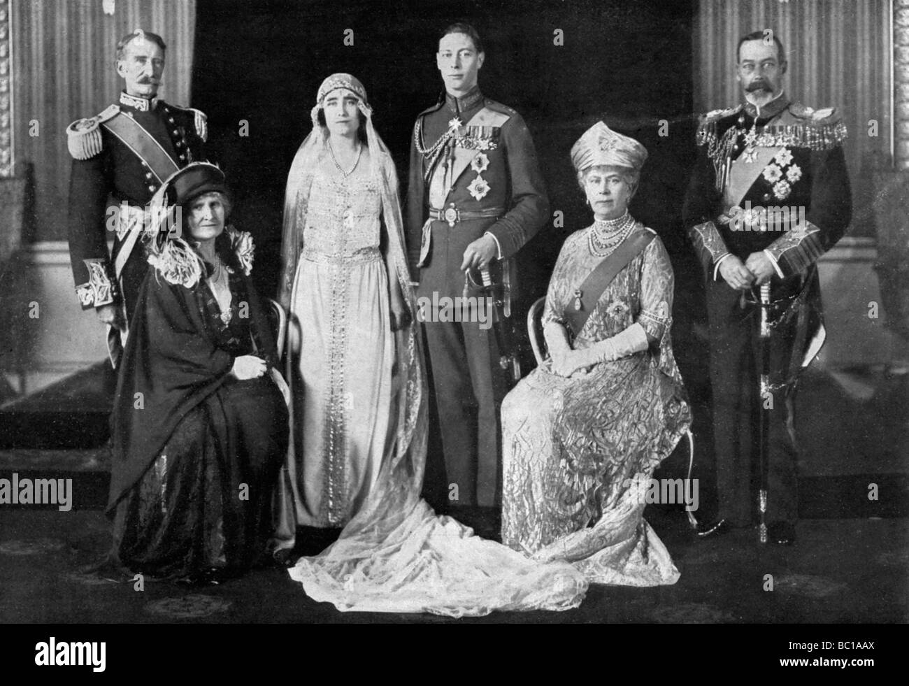 Fuente Kings And Queens: The Wedding Of The Duke Of York And Lady Elizabeth Bowes