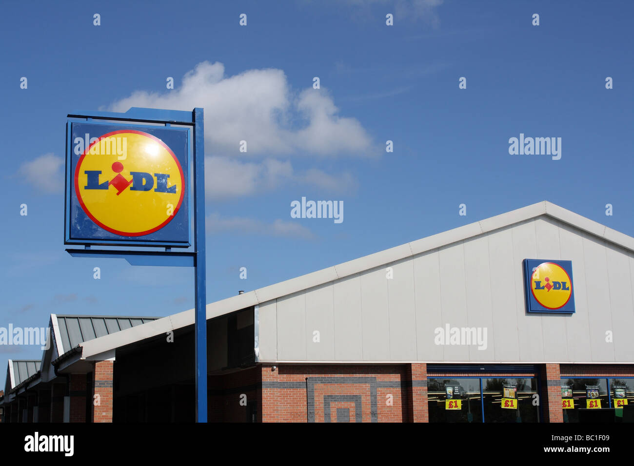 Lidl, Mackadown  Ln Birmingham West Midlands UK 2009 - Stock Image
