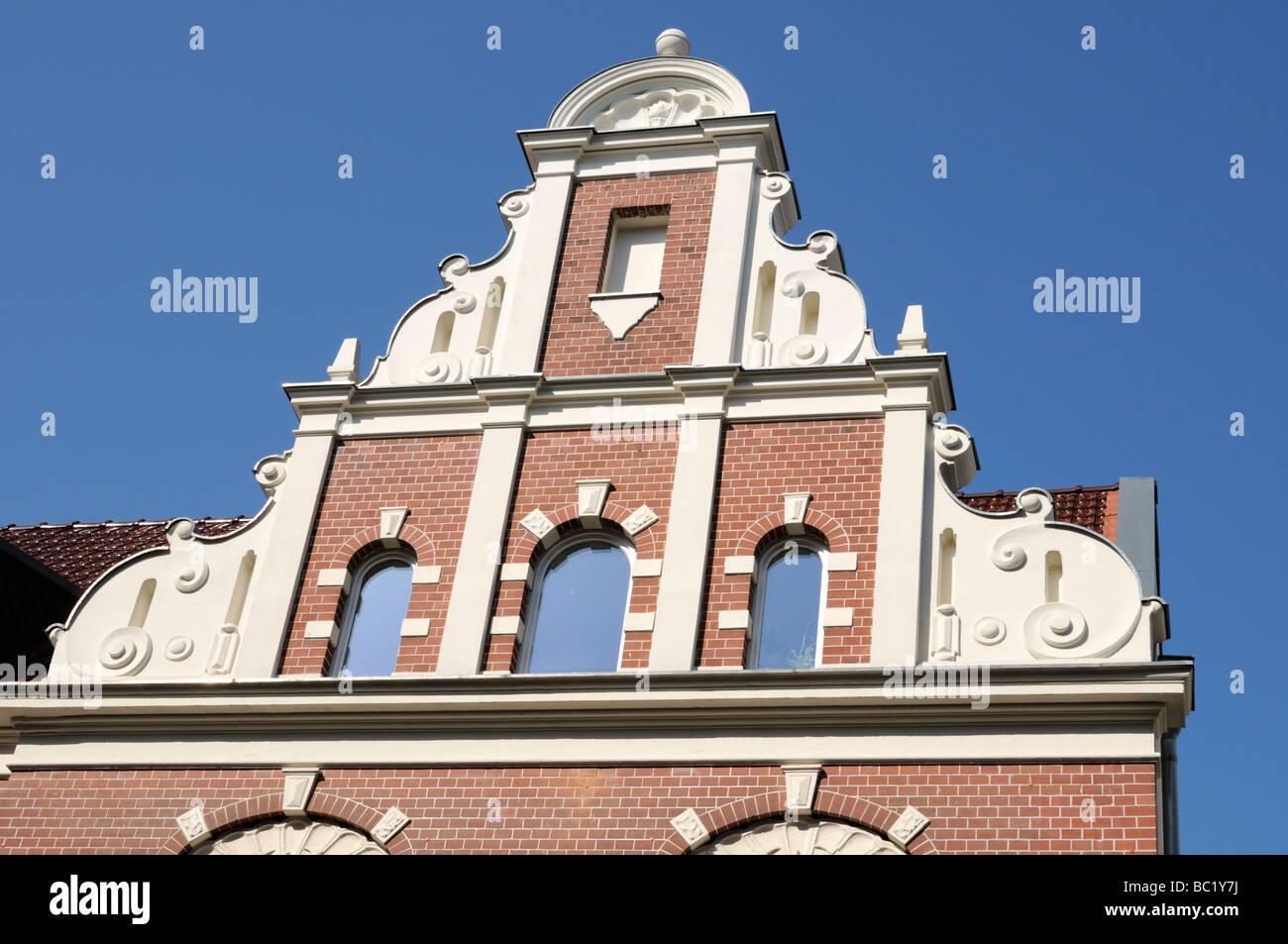 Giebel eines Gebäudes in Schwerin Deutschland Gable of a building in Schwerin Germany - Stock Image