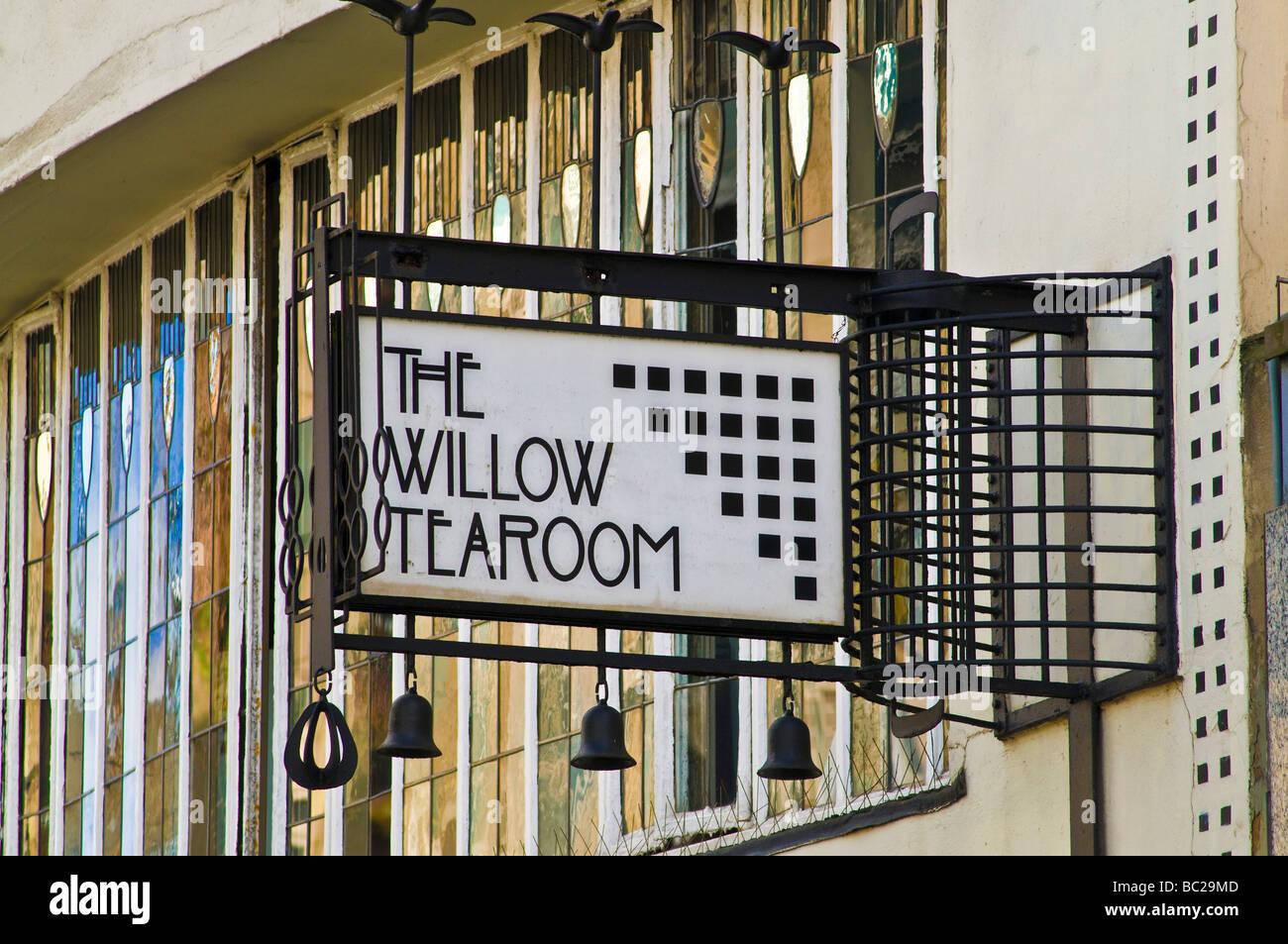 dh  SAUCHIEHALL STREET GLASGOW Tea room The Willow tearooms sign Charles Rennie Mackintosh design macintosh restaurant tearoom scotland Stock Photo