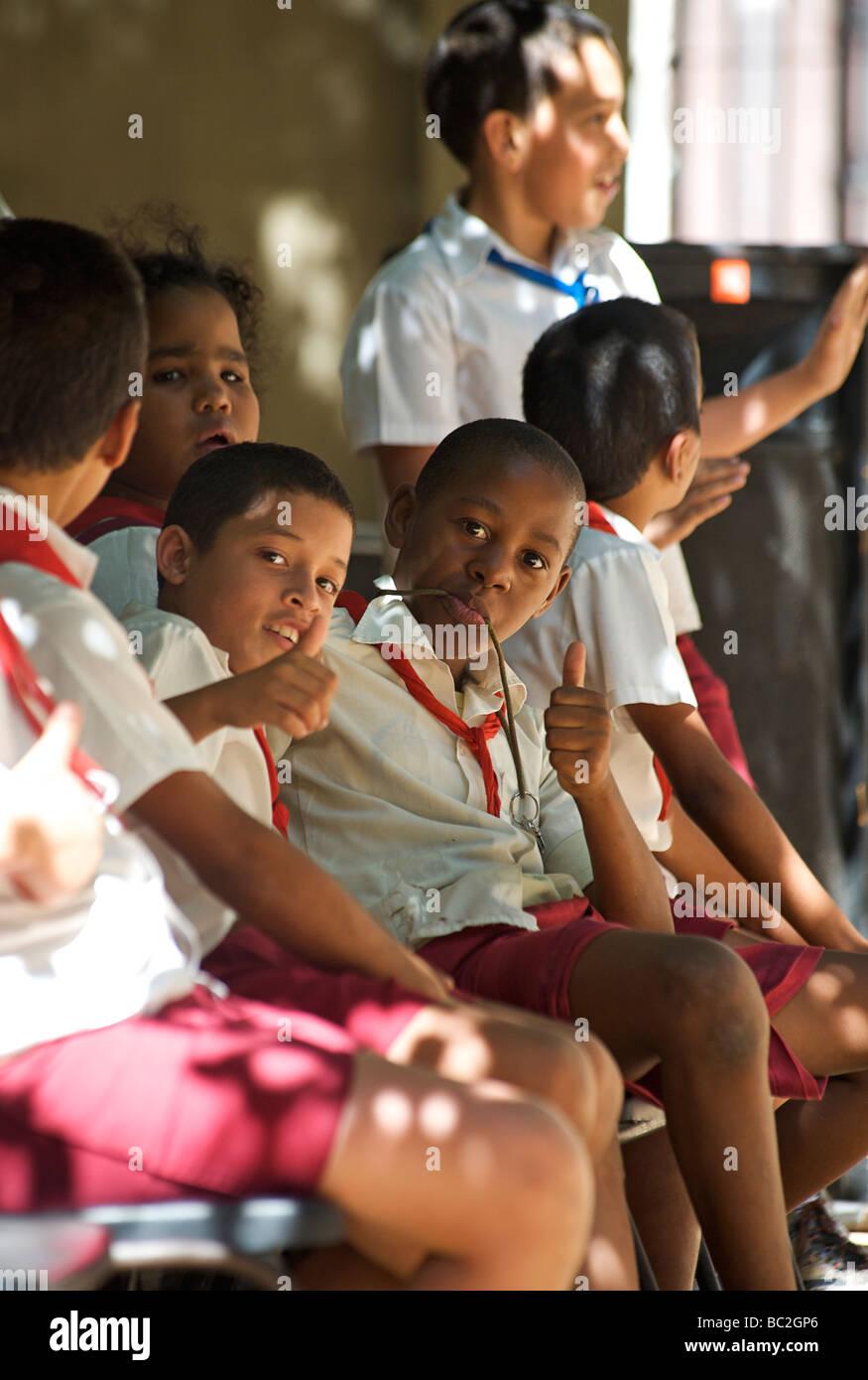 Cuban schoolchildren, Habana Vieja. Old Havana, CUBA - Stock Image