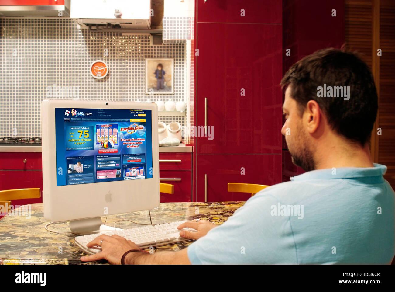 Online games : 'Française des Jeux' (lottery) - Stock Image