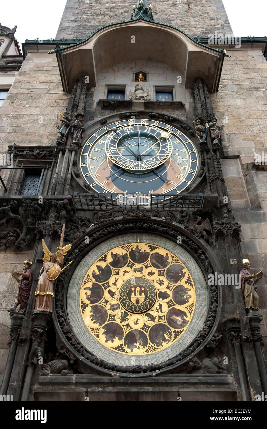 Astronomische Uhr im Altstädter Rathaus Prague Astronomical Clock  Czech republic - Stock Image