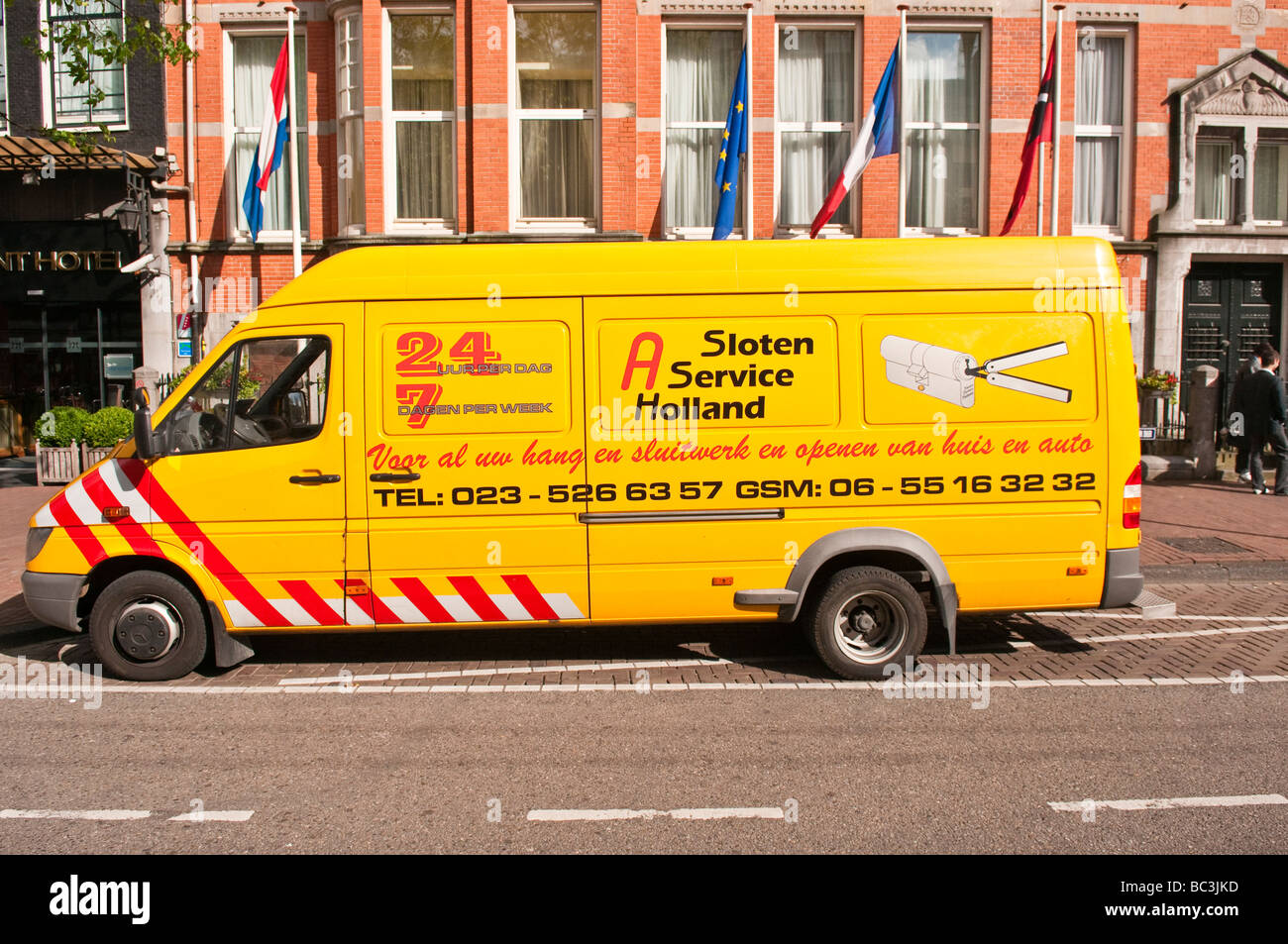 Locksmith van outside a hotel in Amsterdam - Stock Image