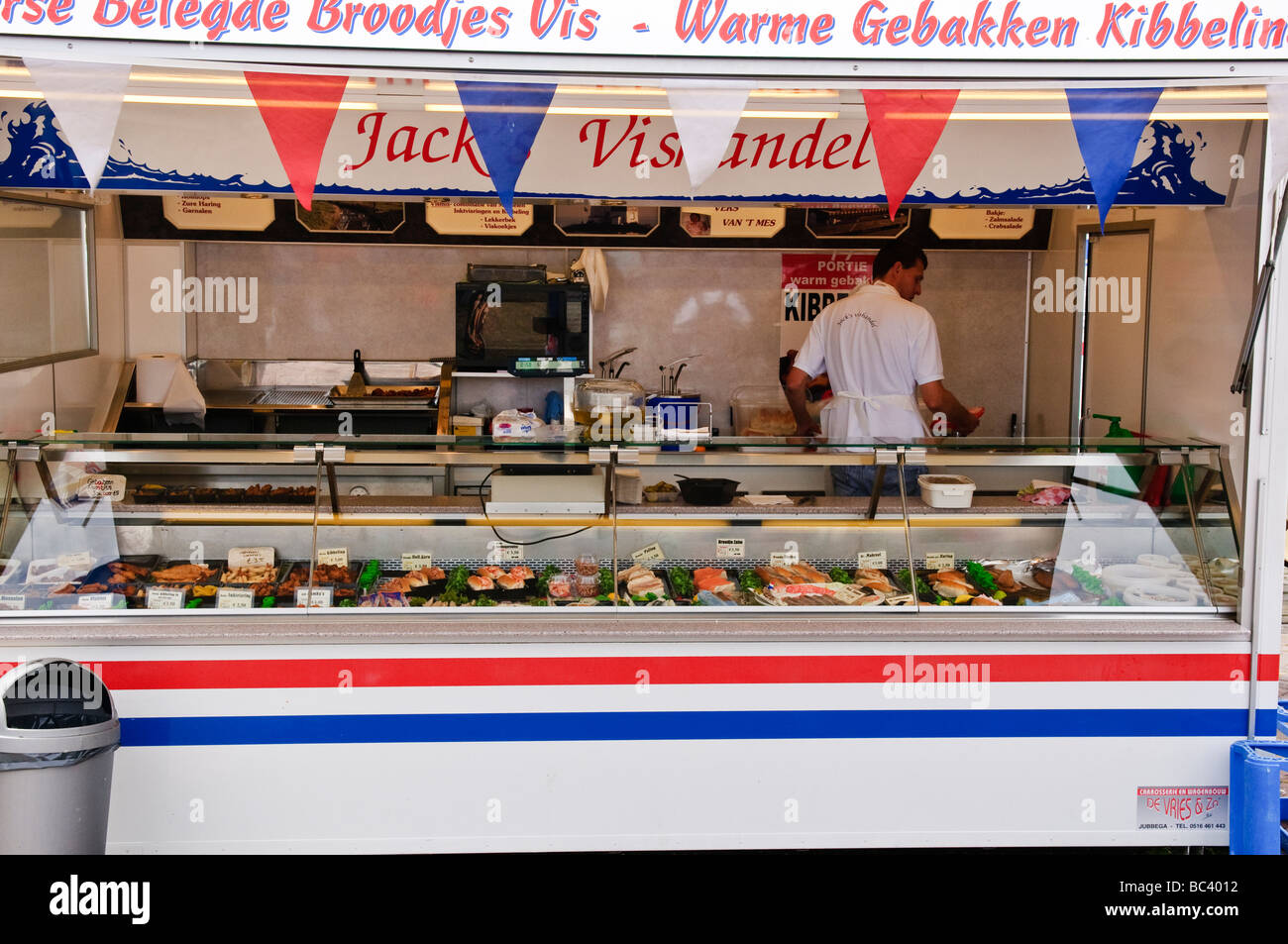71a7b6dbd0 Traditional Dutch snacks on sale from a mobile catering van Stock ...
