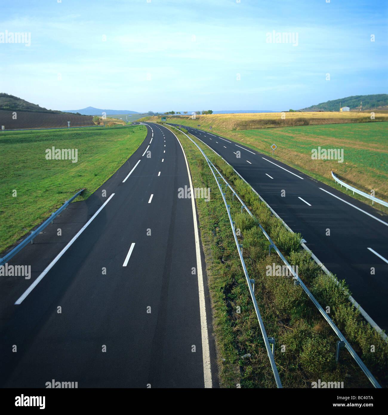 Motorway / dual carriageway - empty - Stock Image