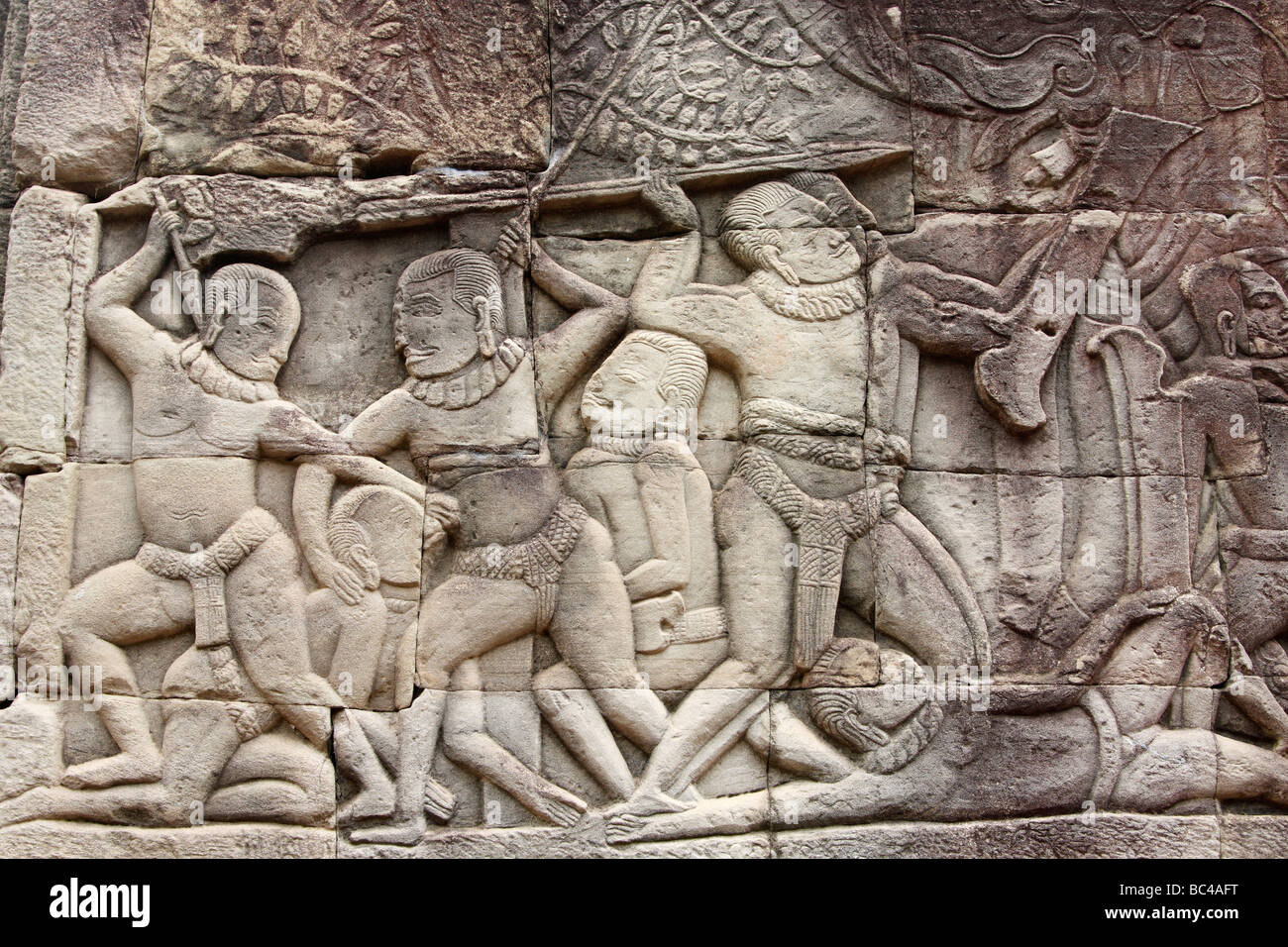 [Bas relief] depicting Khmer battle scene, Bayon temple ruins, [Angkor Thom], Cambodia - Stock Image