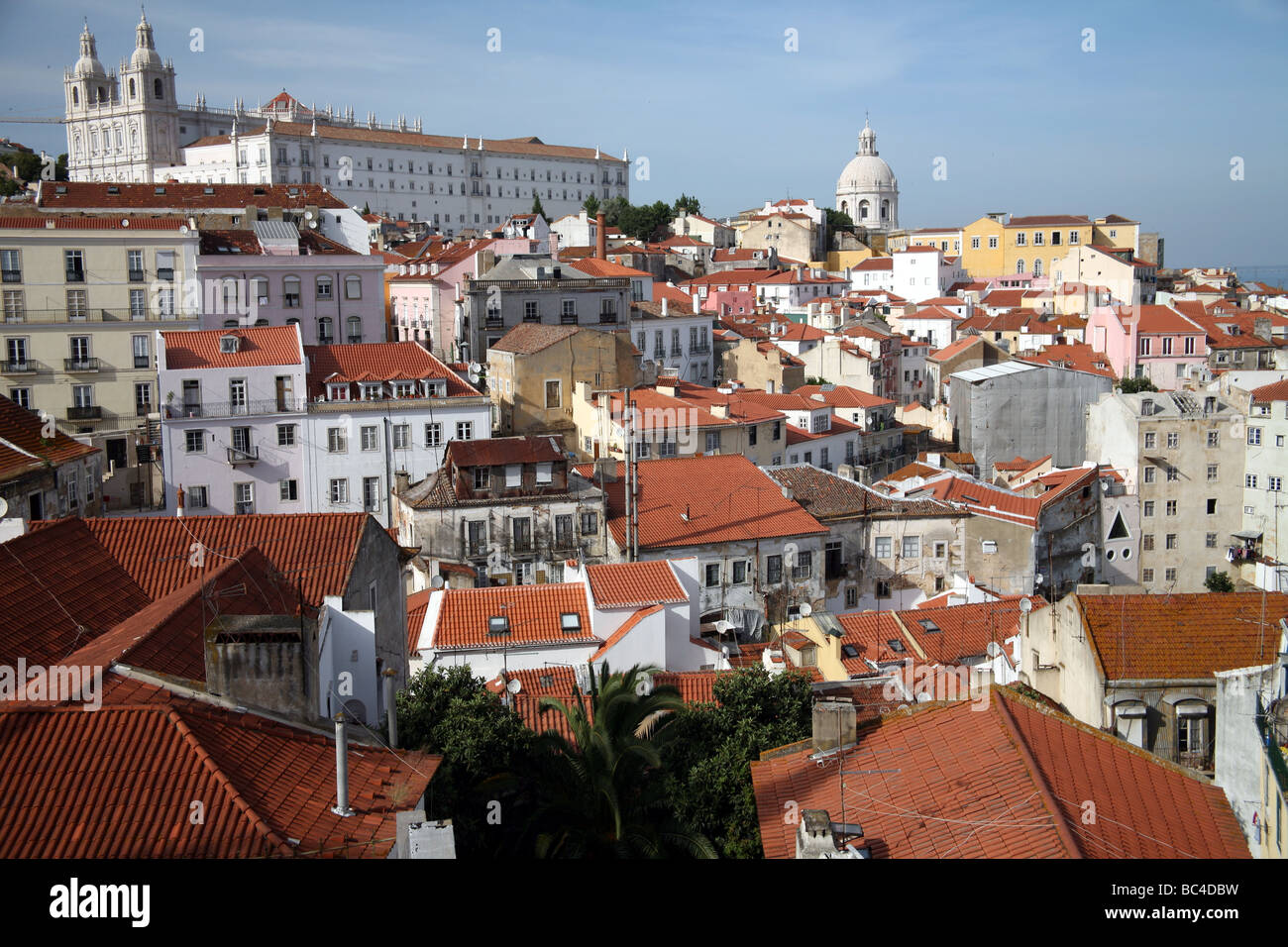Low aerial view from the Hill of Alfama neighbourhood in Lisbon - Stock Image