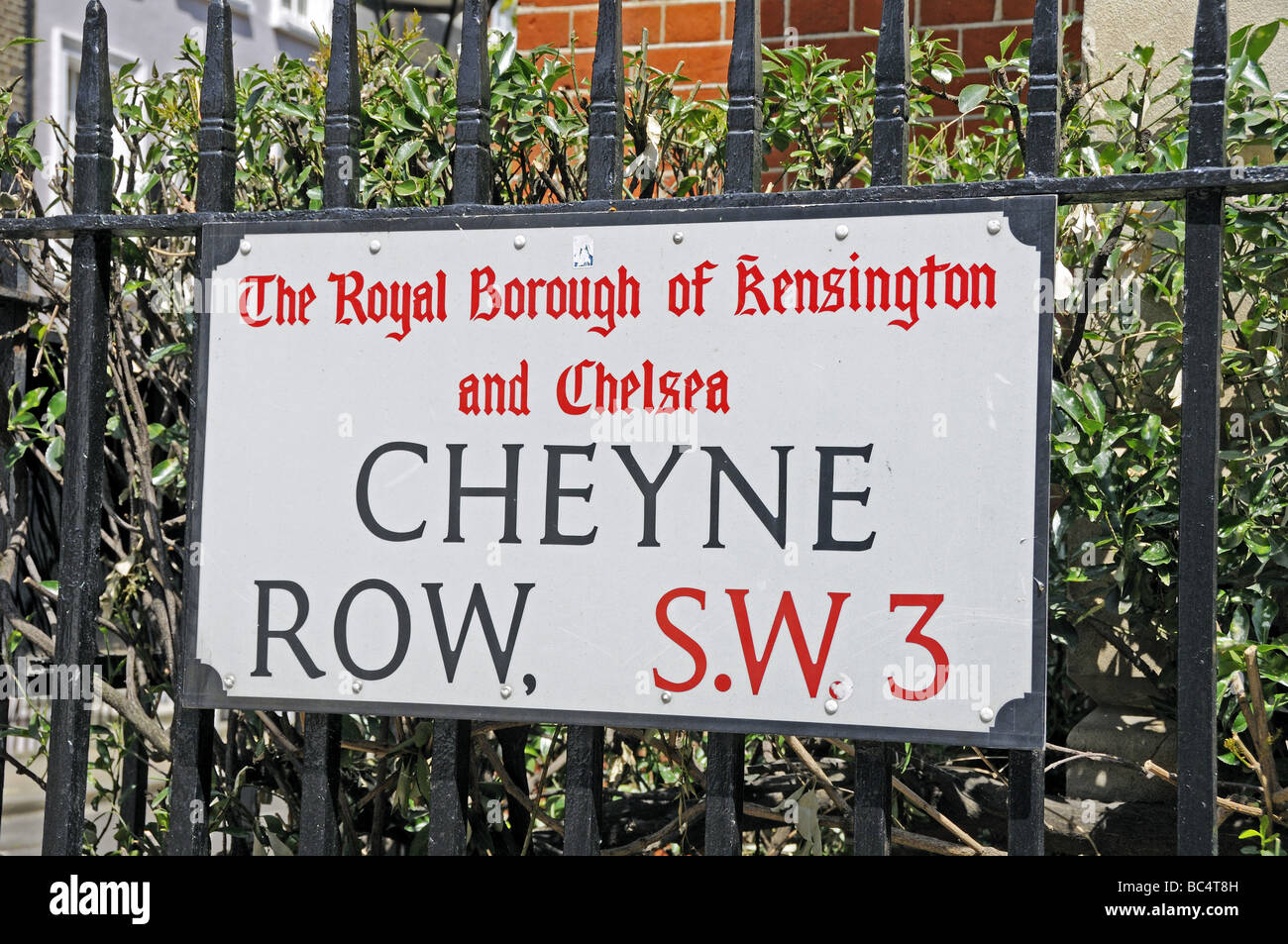 Cheyne Row street sign The Royal Borough of Kensington and Chelsea London SW3 England UK Stock Photo
