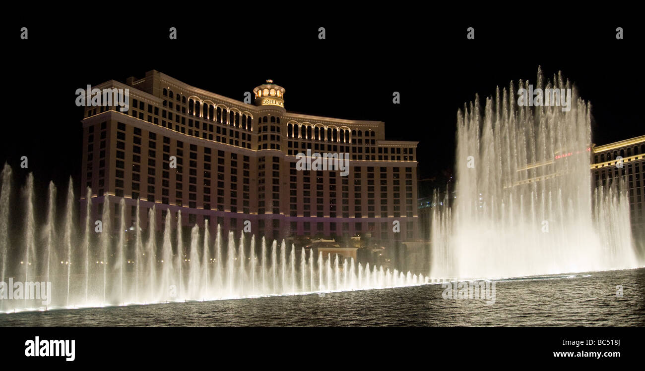 Fountains in front of the Bellagio casino, Las Vegas Stock Photo