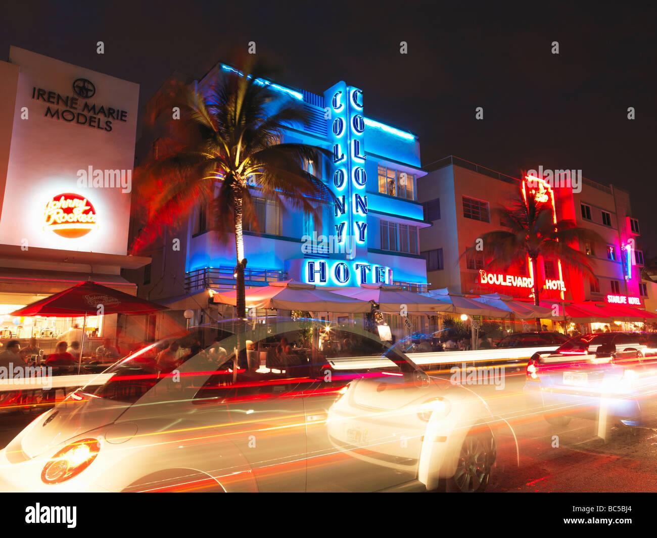 South Beach Miamirestaurants At Night On Ocean Driveart Deco