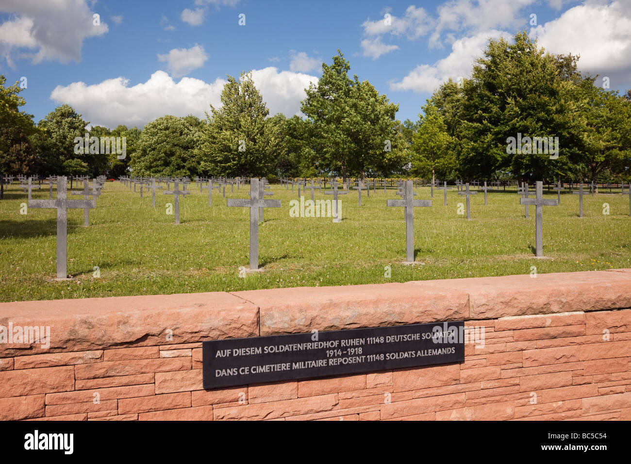 Metal Crosses Stock Photos & Metal Crosses Stock Images - Alamy