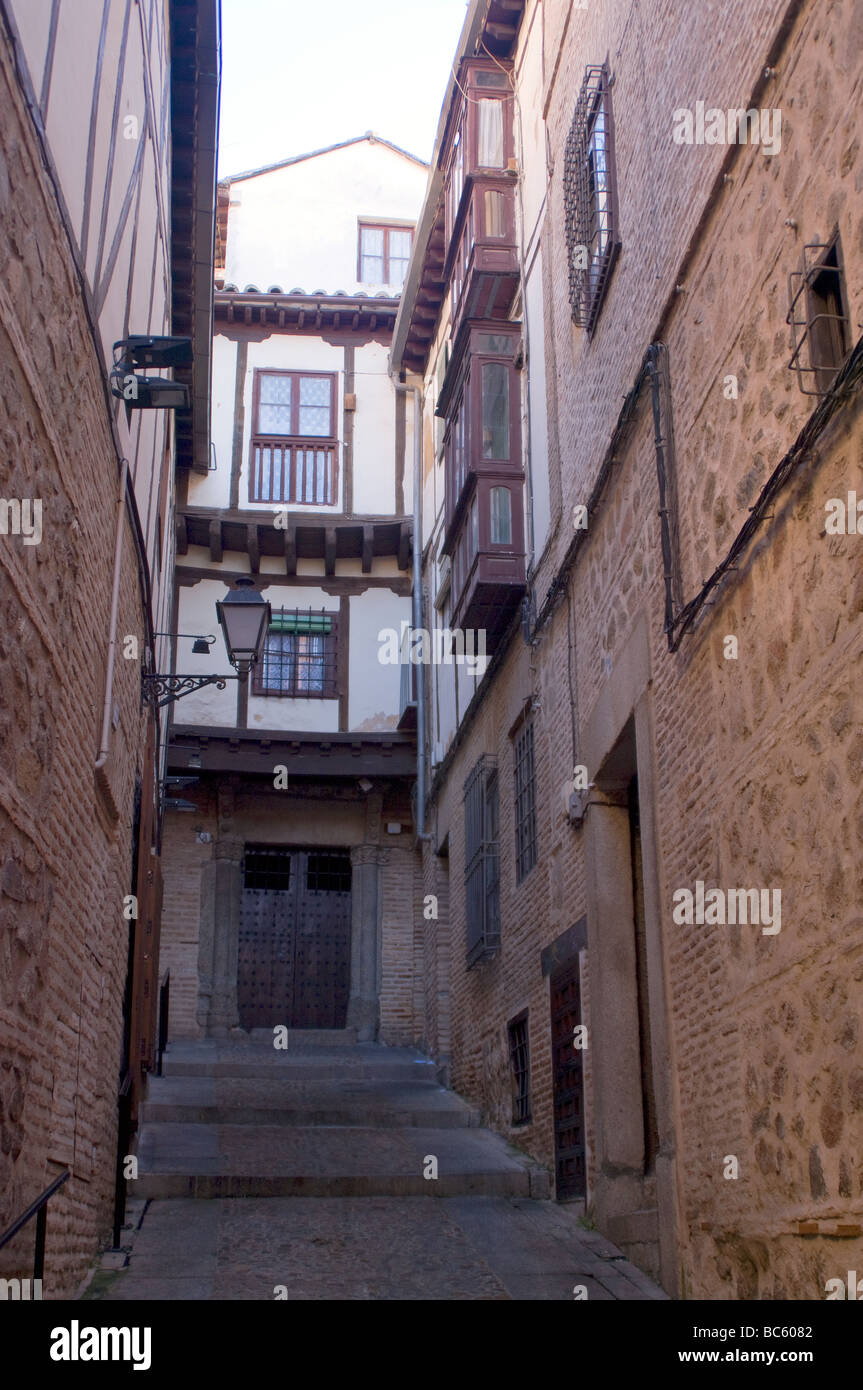 Street Scene Toledo, Castilla la Mancha, Spain, Ue. Calle de la ciudad de Toledo, castilla la Mancha, España, - Stock Image