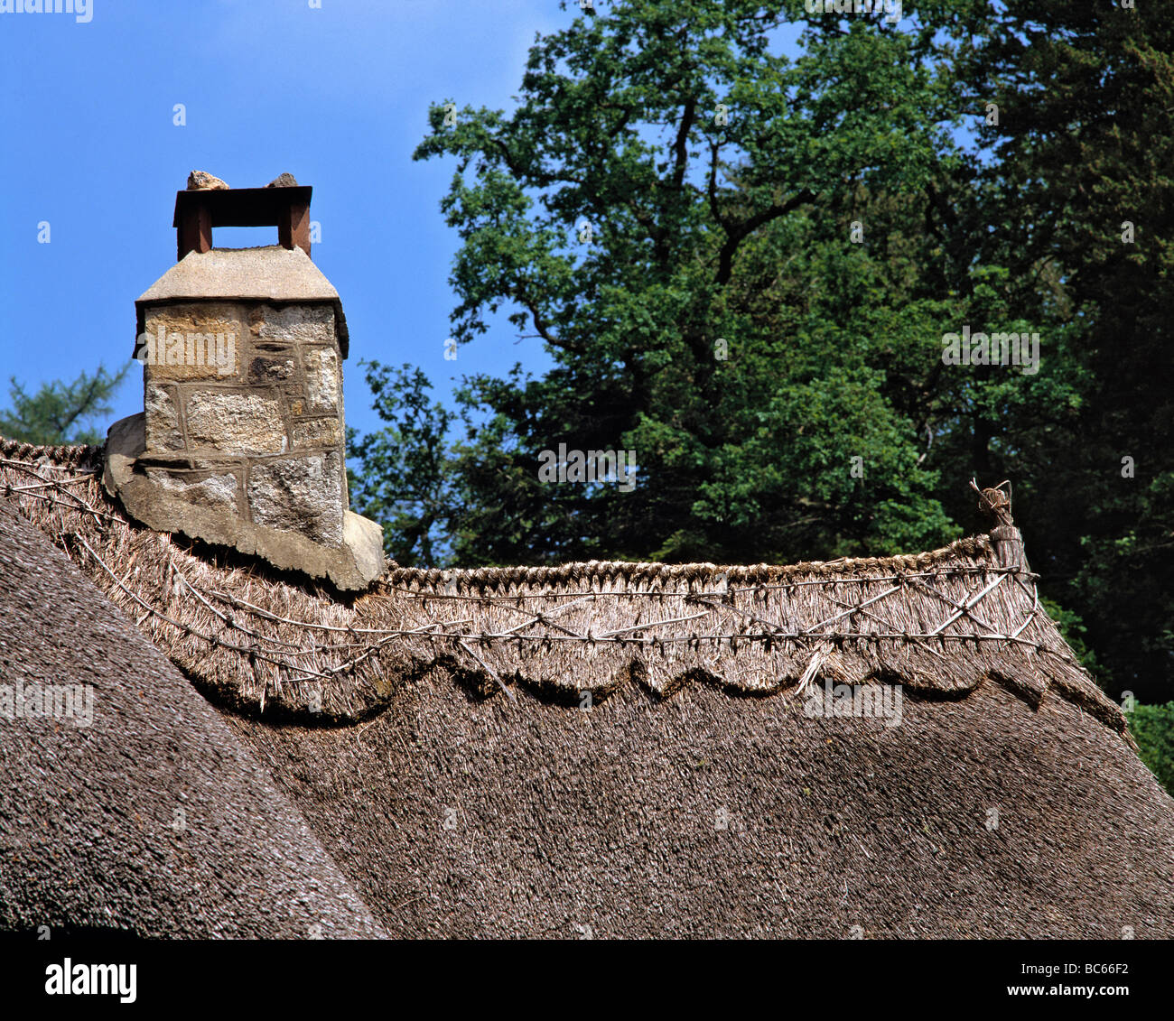 Thatched Roof Uk Stock Photos Amp Thatched Roof Uk Stock