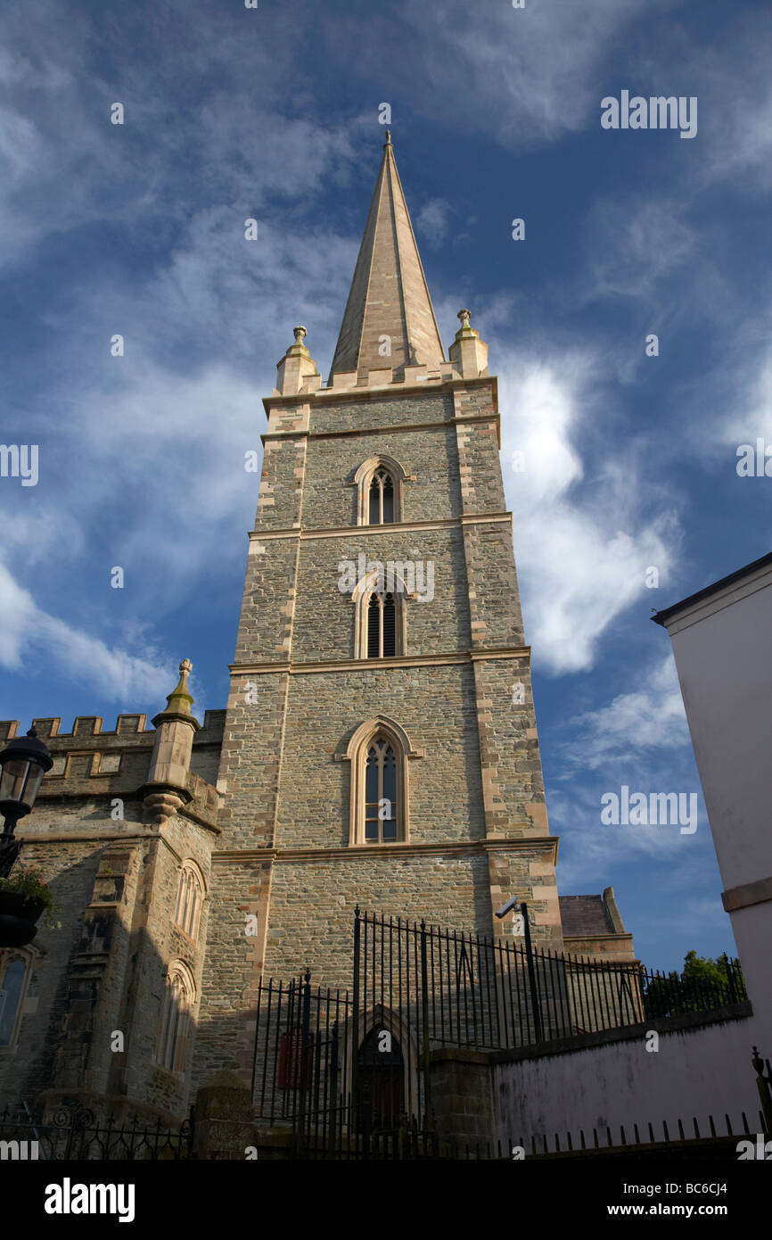 the tower and spire of st columbs cathedral church of ireland church inside the walled city of derry county londonderry - Stock Image