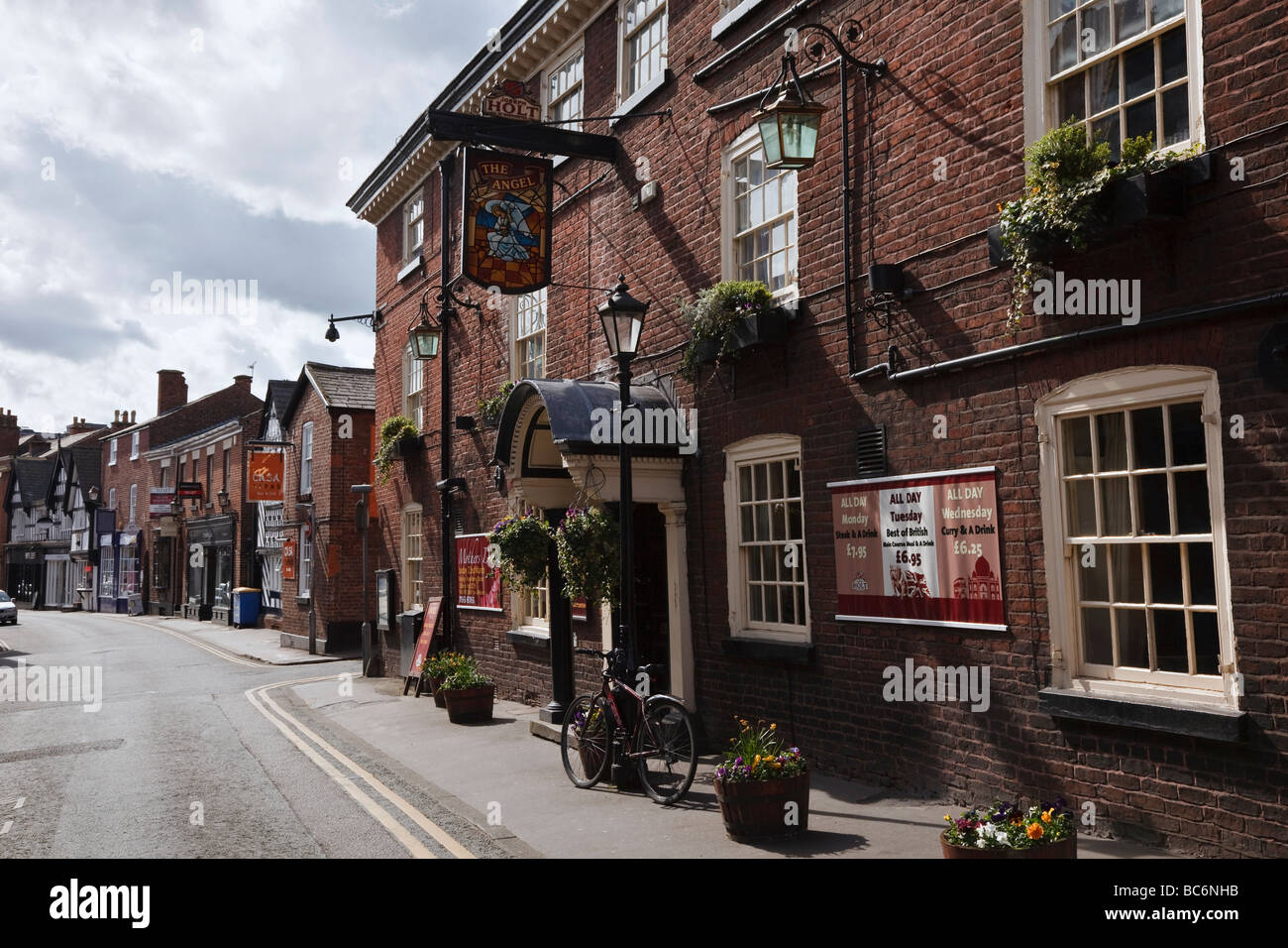 The Angel Hotel, King Street, Knutsford, Cheshire, England - Stock Image
