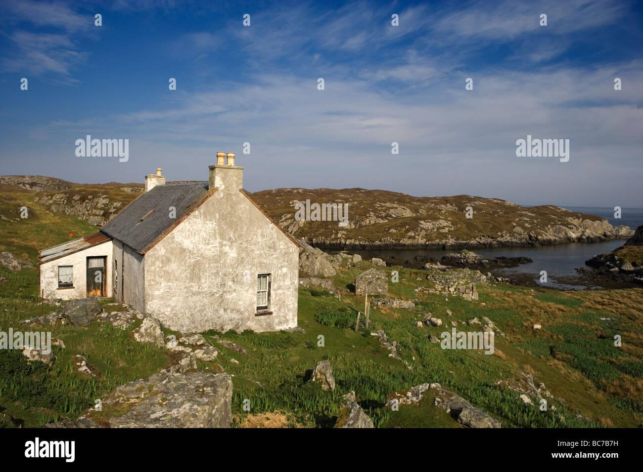 ABANDONED HIGHLAND CROFT THE ISLE OF HARRIS SCOTLAND - Stock Image