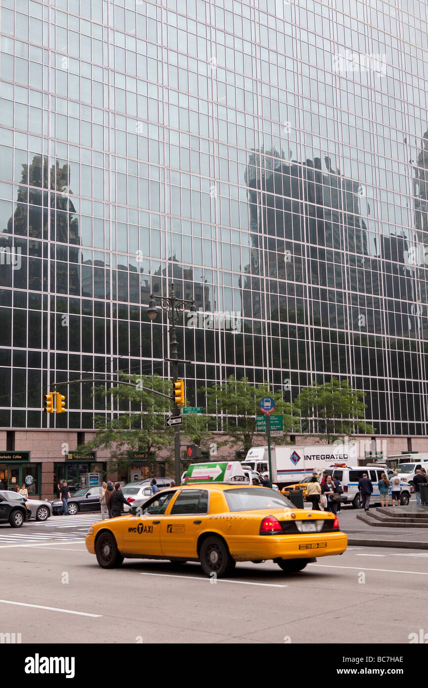 Glass sky scrapers in NYC - Stock Image