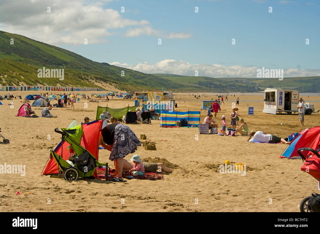 Holidaymakers On The Seaside Beach at Woolacombe Bay North Devon England uk Stock Photo