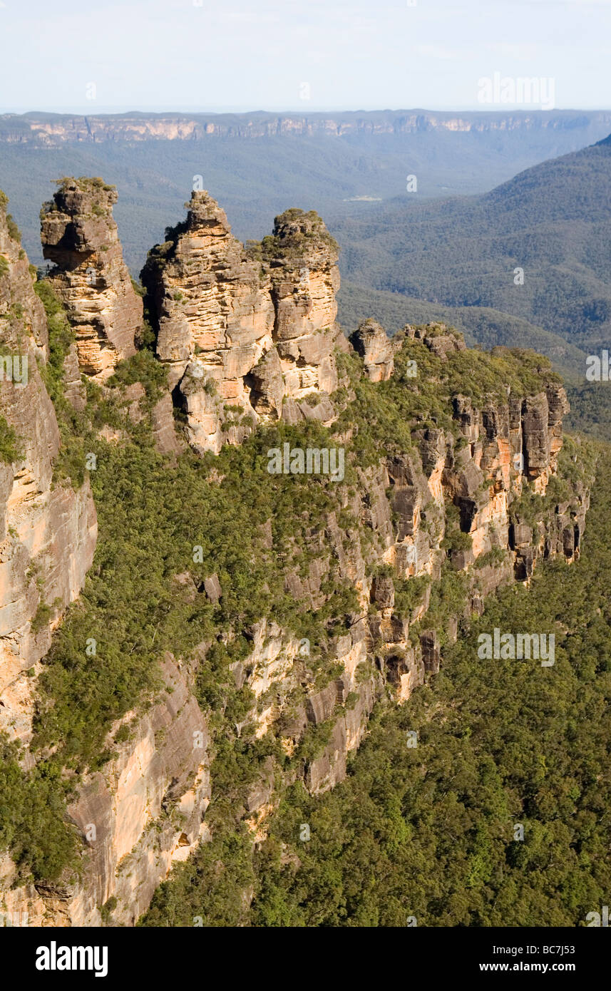 The rock formation known as the Three Sisters in the Blue Mountains - Stock Image