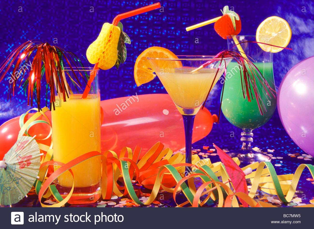 Cocktail Aperitif Getränke Stock Photos & Cocktail Aperitif Getränke ...