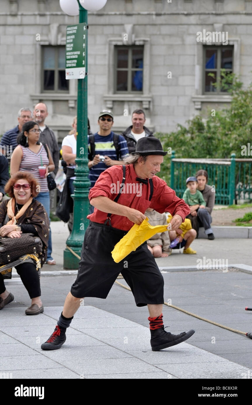 Steet Performer / Entertainer in Old Quebec City - Stock Image