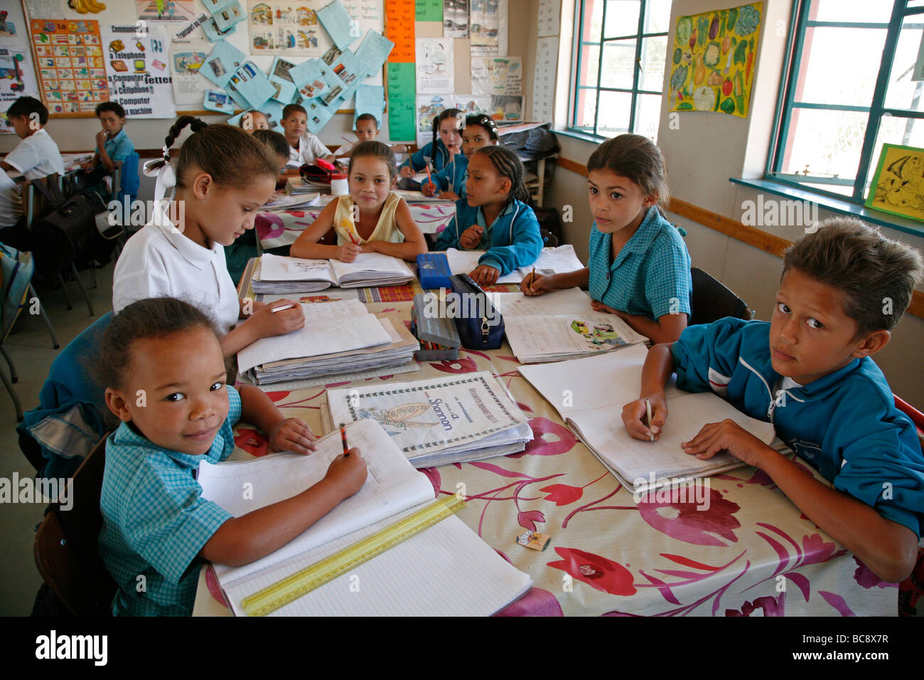Painet jj1778 background school book namibia rehobeth primary people person school book namibia rehobeth primary Stock Photo