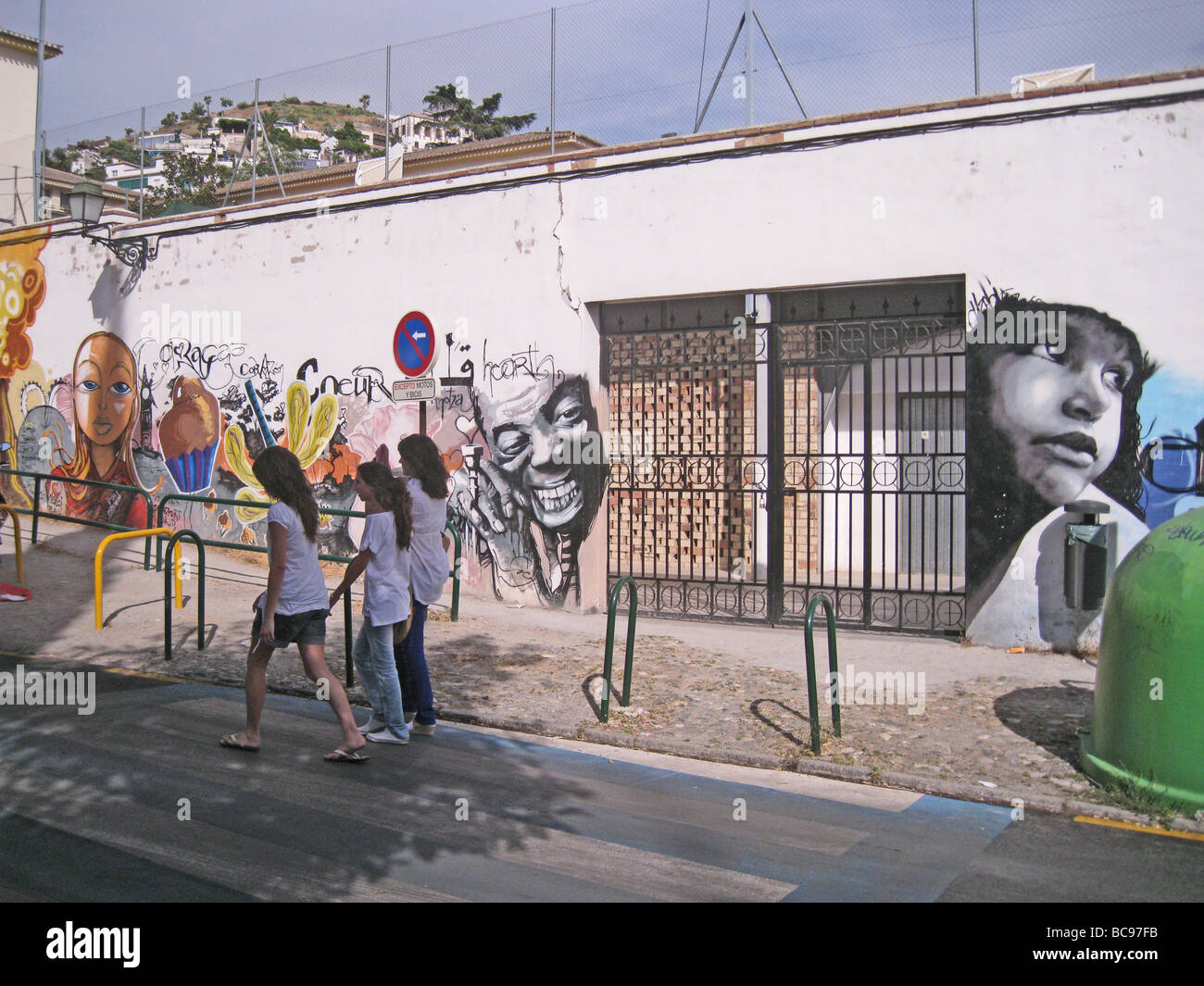 GRANADA, Spain. Wall art in the Realejo area of the city - Stock Image