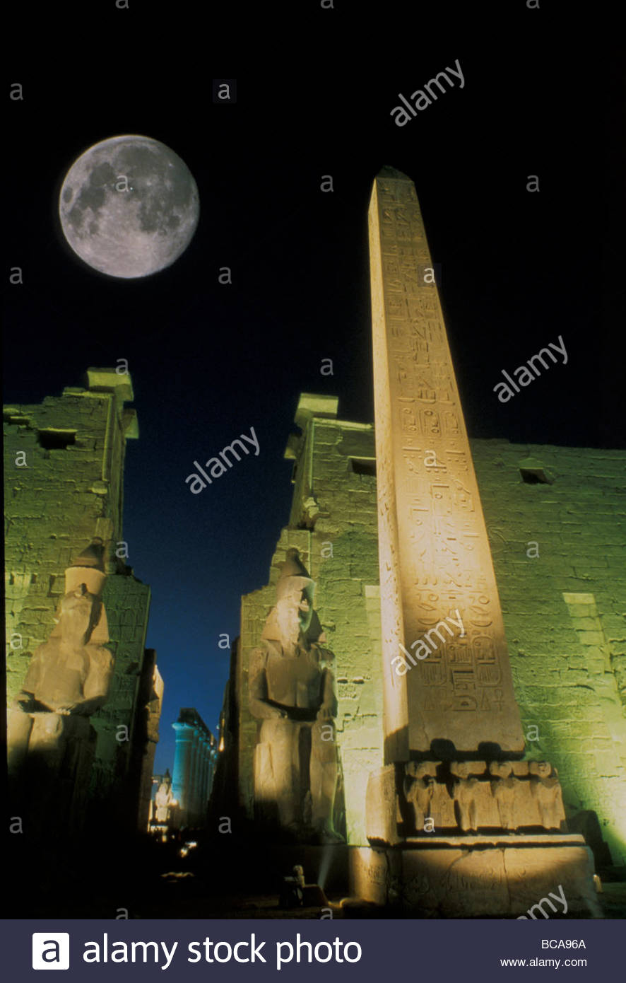 Moonrise over Luxor complex in Luxor, Egypt. - Stock Image