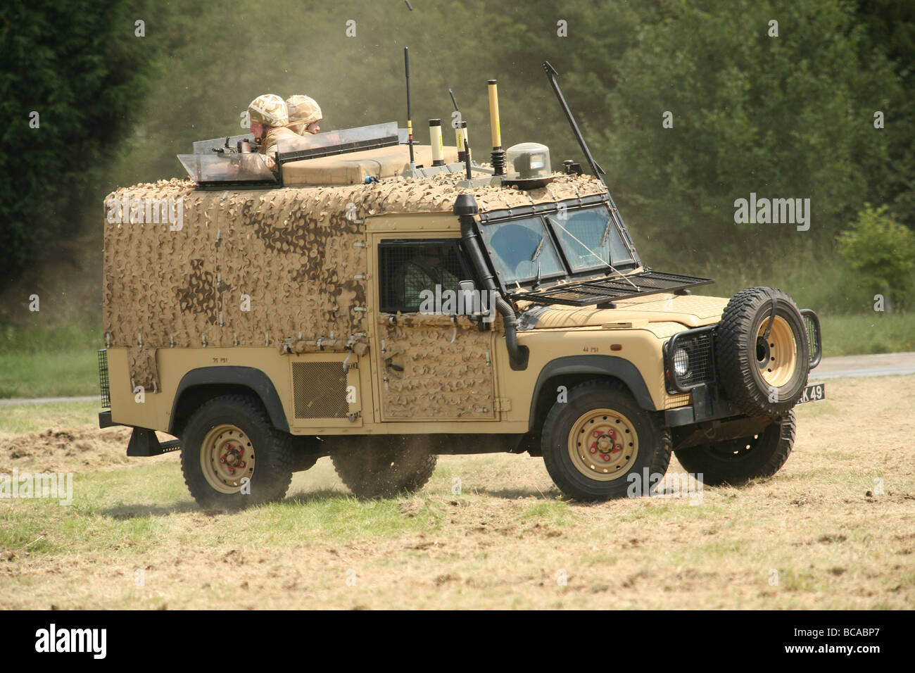 a british army land rover snatch vehicle in desert. Black Bedroom Furniture Sets. Home Design Ideas