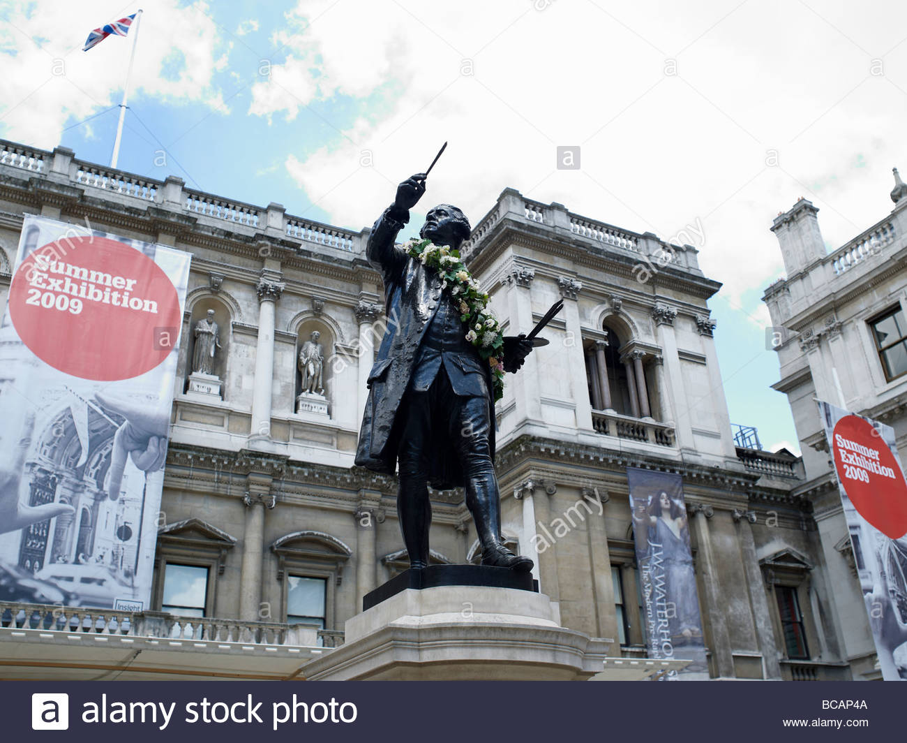 Royal Academy of Arts in London entrance and archway., Burlington House in Picadailly,London Stock Photo