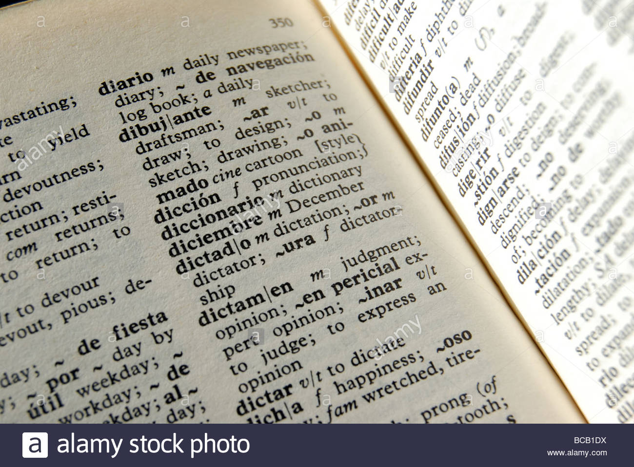 Spanish - English dictionary. Espanol - Ingles Diccionario. - Stock Image