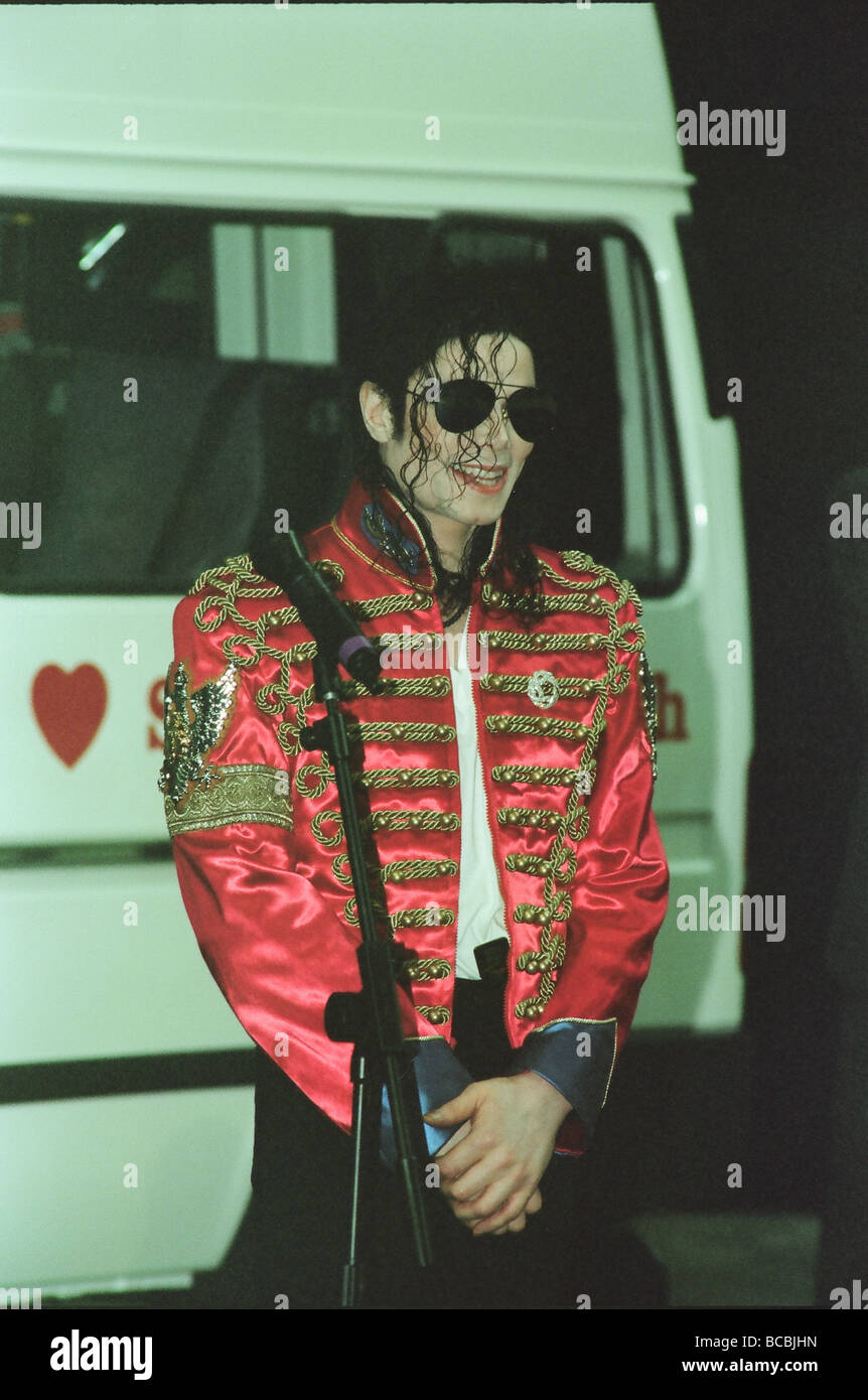 Michael Jackson seen here after perforiming on stage at Sheffield 10th July 1997 - Stock Image