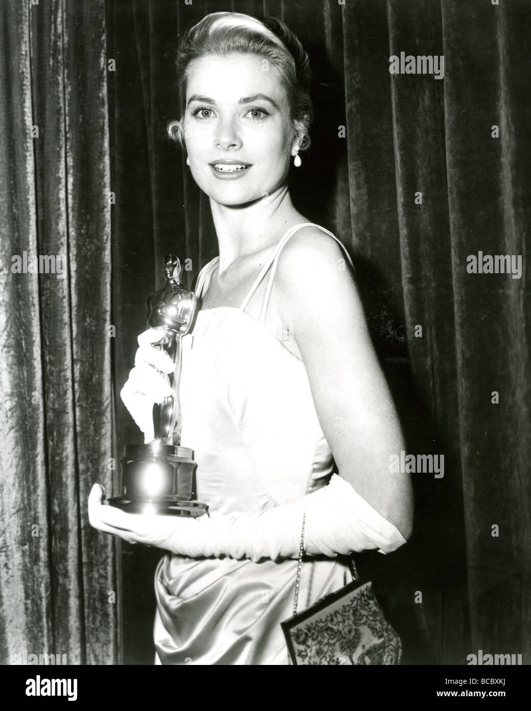 GRACE KELLY with her 1954 Oscar - Stock Image