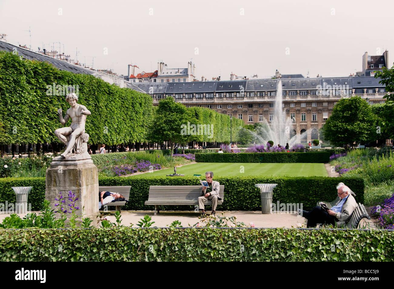 Place du Palais Royal Paris French Garden France - Stock Image