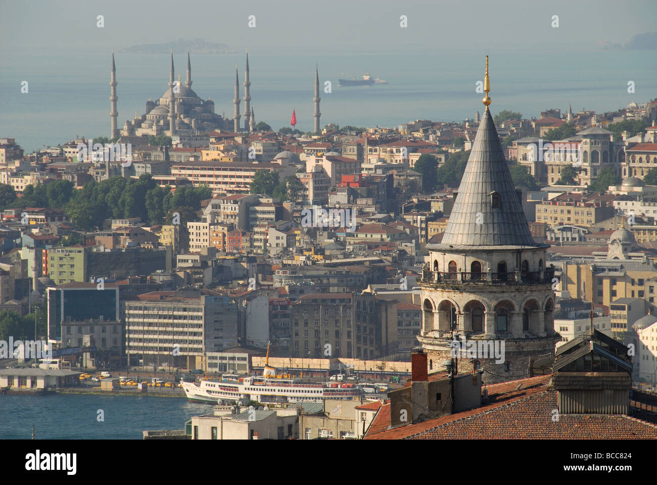 ISTANBUL, TURKEY. A view from Beyoglu to Sultanahmet, with the Galata Tower on the right & the blue Mosque in - Stock Image
