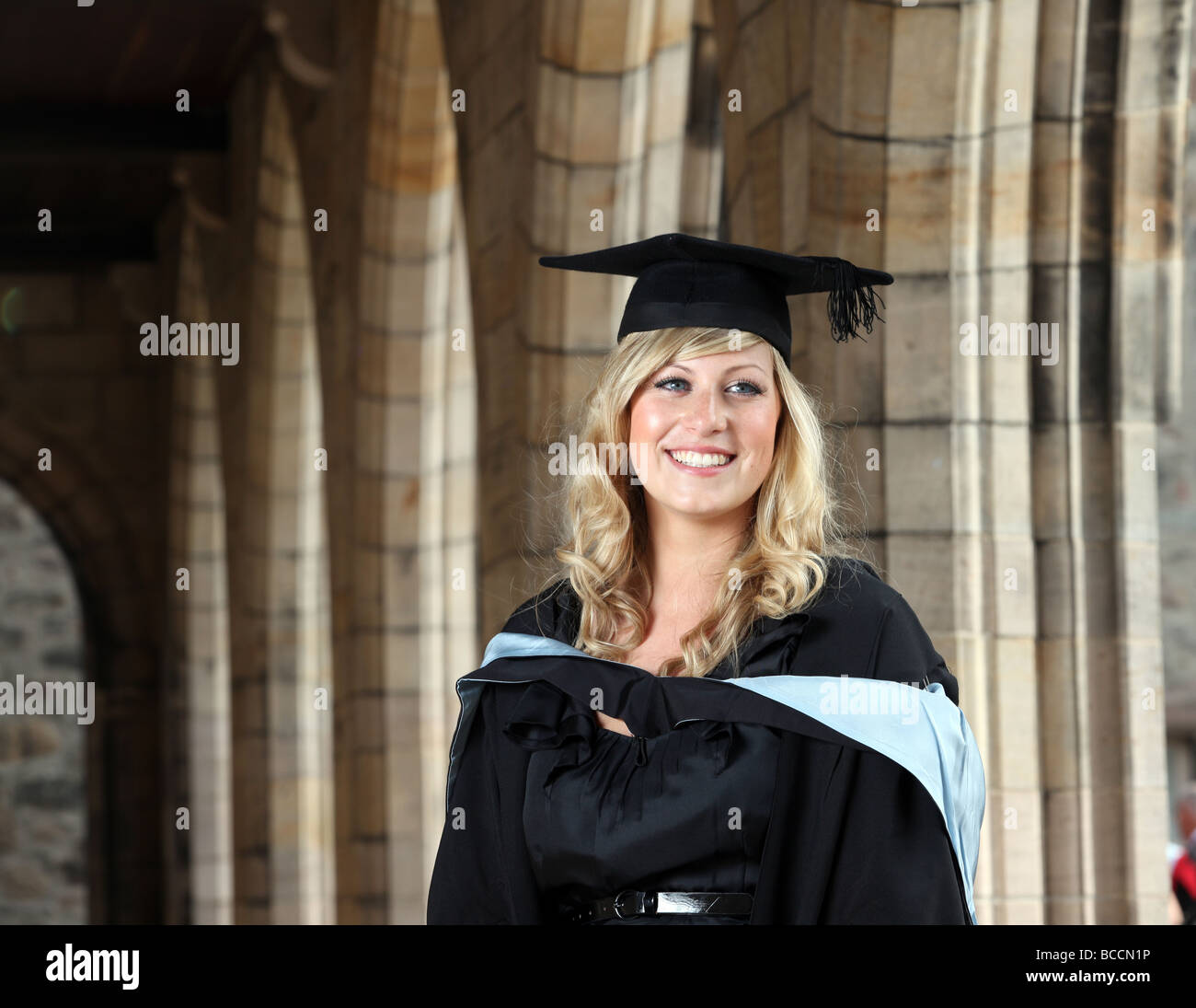 Contemporary Teachers Gown And Mortarboard Model - Wedding and ...