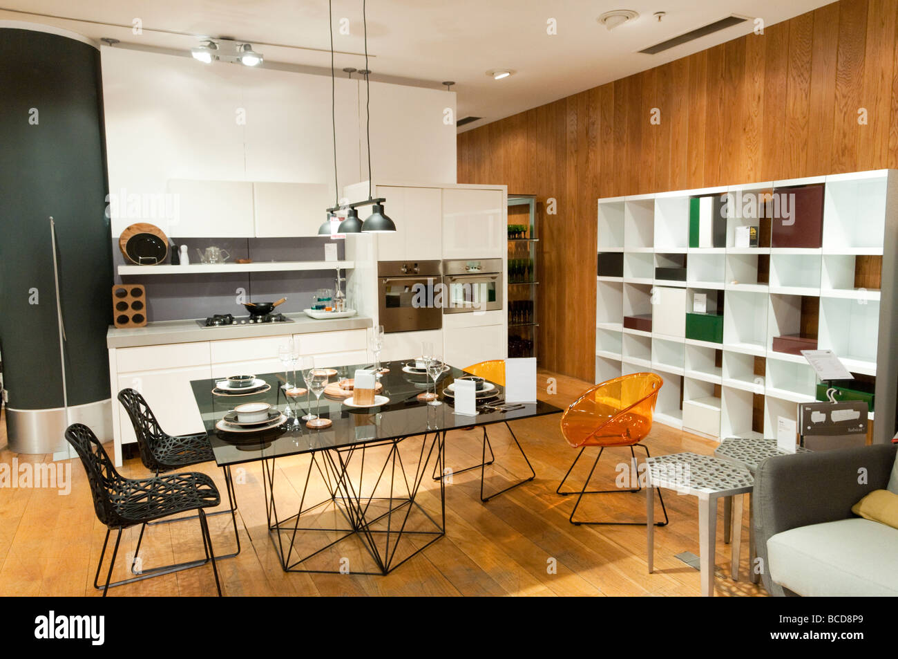habitat shop stock photos habitat shop stock images alamy